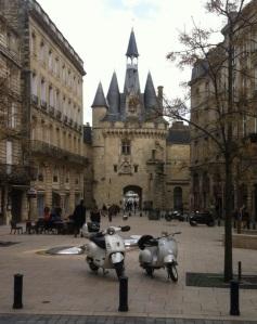 Beautiful Downtown Bordeaux